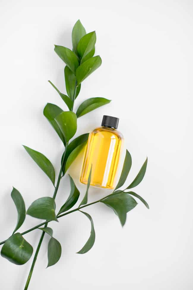 Jojoba Oil | 11 Carrier Oils for Skin