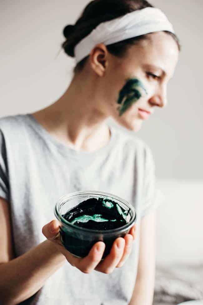 Brightening Spirulina Face Mask