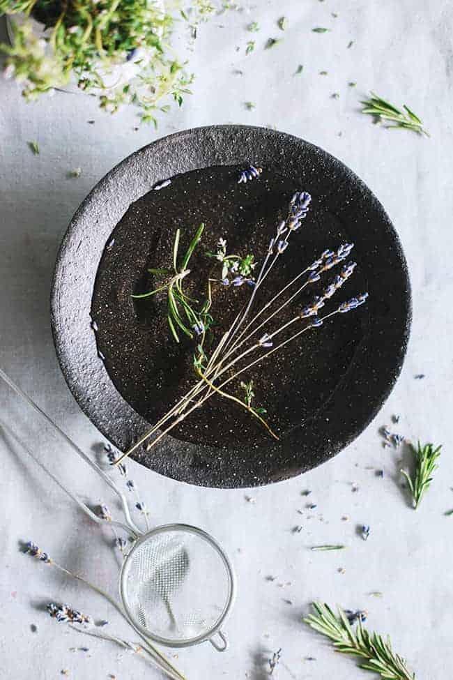 Make Your Own Fresh Herb Bath Tea