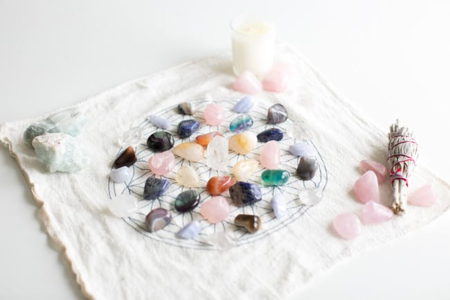 How to make a crystal grid for Health + Wellness