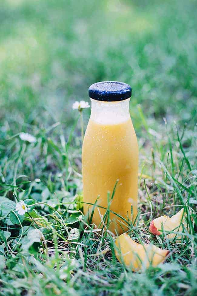Green-Tea-Peach-Smoothie