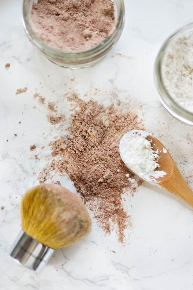 3-Ingredient Dry Shampoo | Hello Glow