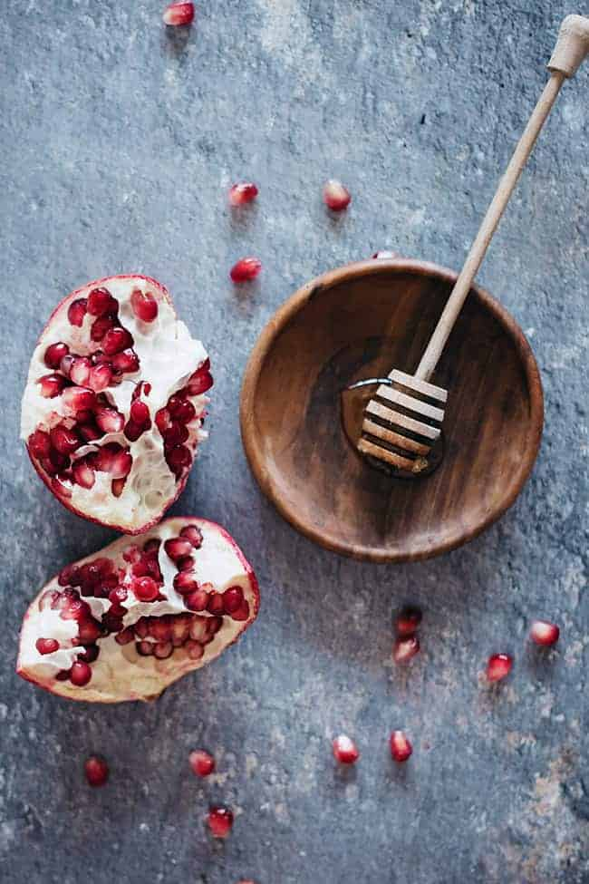4 Pomegranate Beauty Recipes