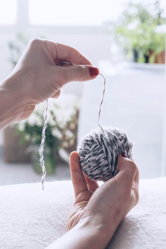 DIY Dryer Balls with Wool Yarn