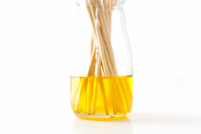 How to Make Your Own Reed Diffuser
