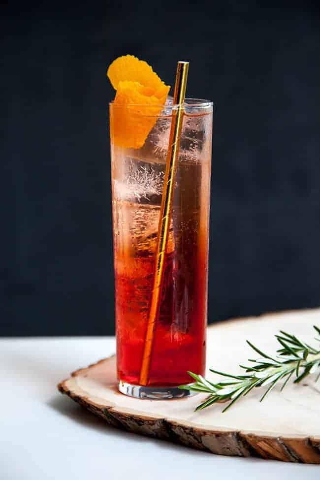 Cranberry Aperol Spritzer recipe - Hello Glow