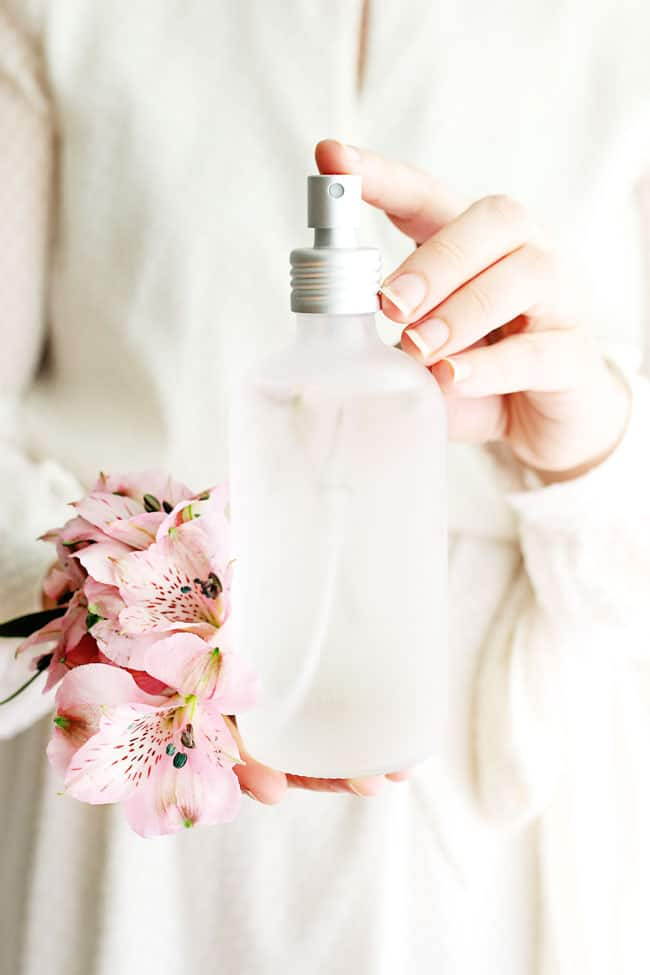 10 Phthalate-Free Perfumes We Love