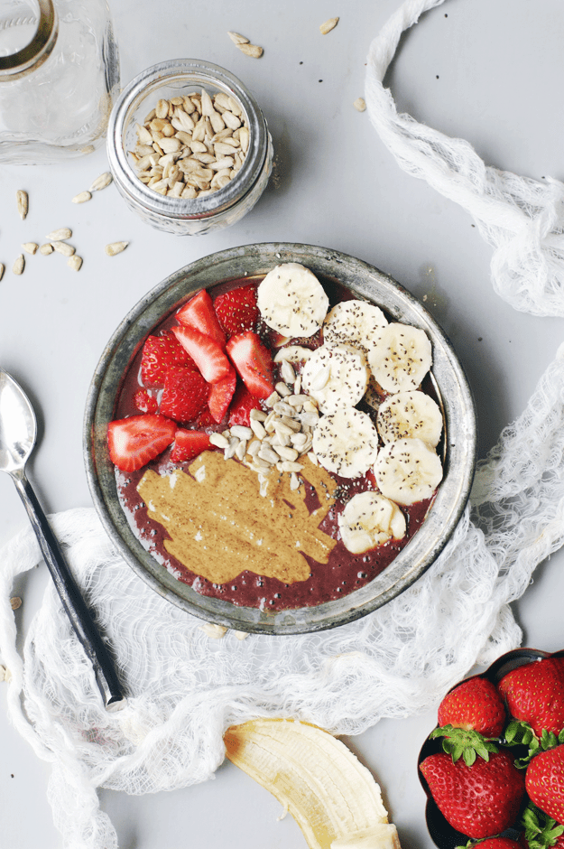 Almond Butter Acai Bowl - Abbey from The Butter Half
