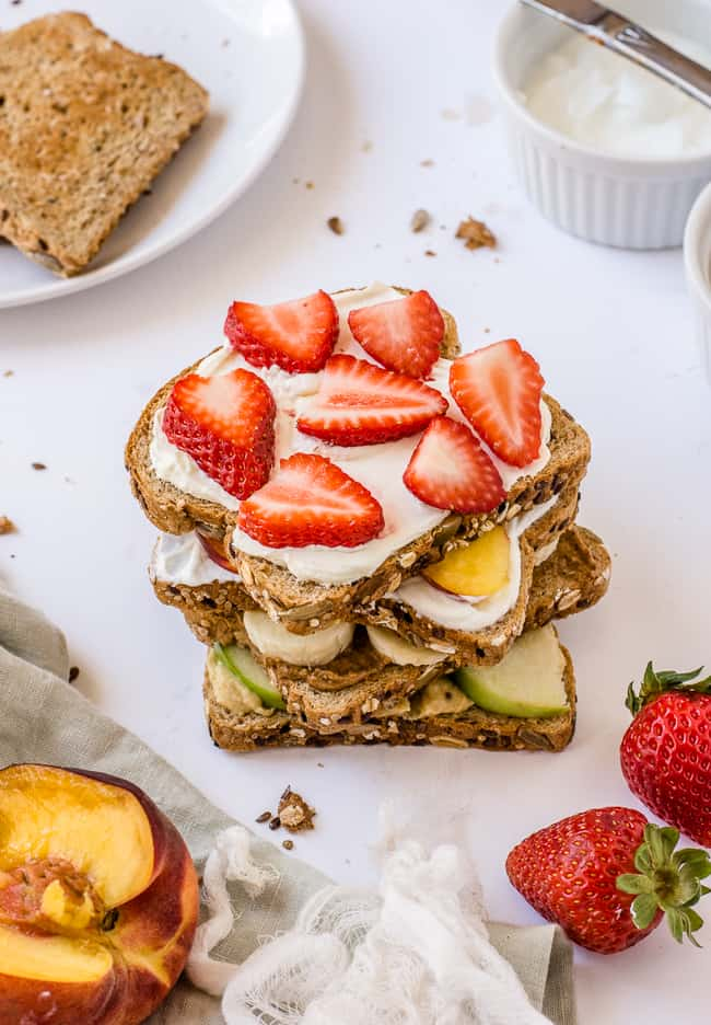 Strawberry and Cream Cheese Toast Topping