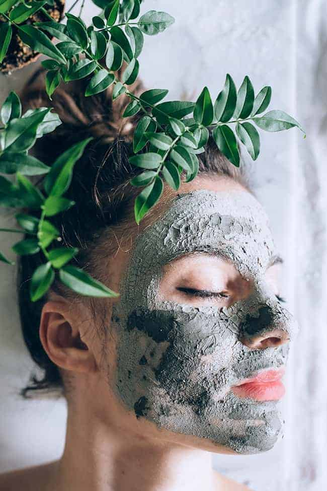 DIY Dead Sea Mud Mask For Softer, Glowing Skin