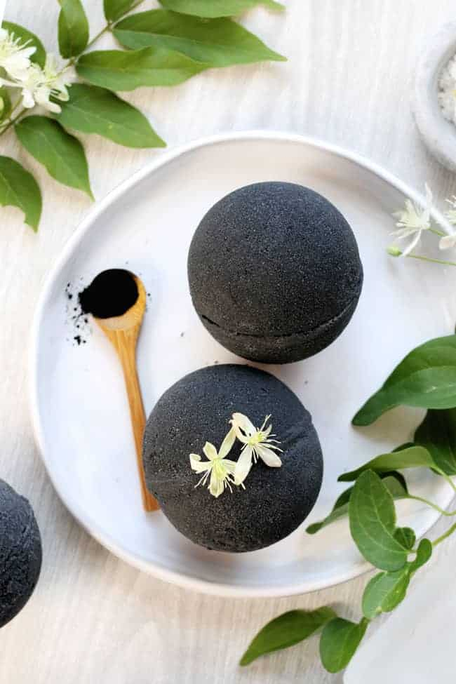 Black bath bomb with activated charcoal