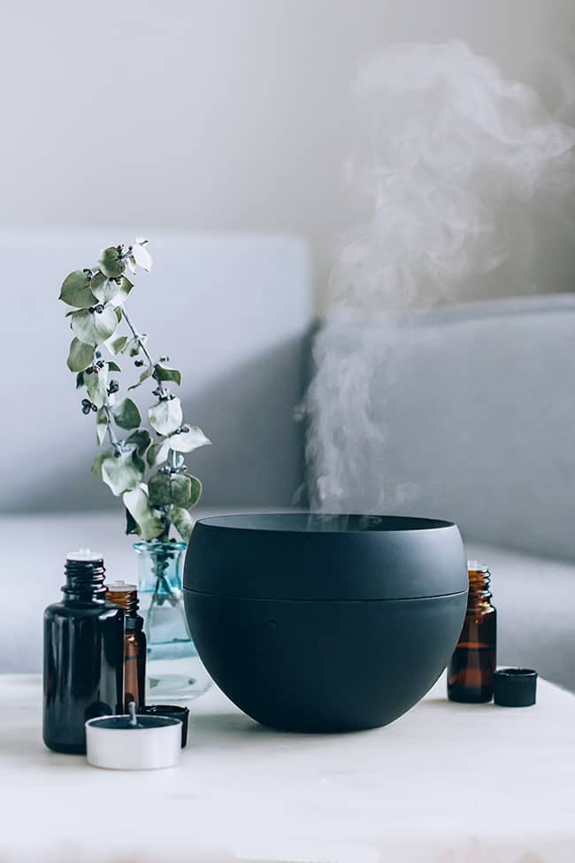 5 Essential Oil Blends for Stress