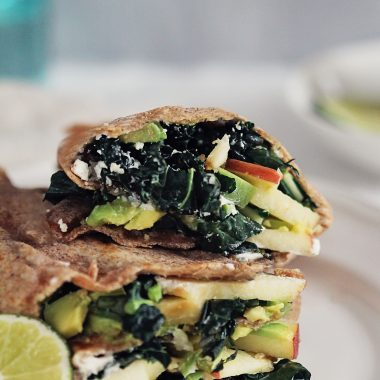 An Unexpectedly Delicious Fall Lunch: Kale, Apple and Avocado Wraps