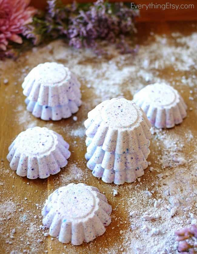 Lush Inspired Bath Bombs from Everything Etsy