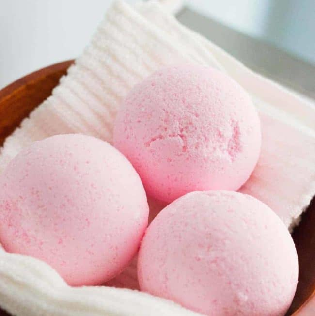 7 Copycat Lush Bath Bombs You Can Make At Home