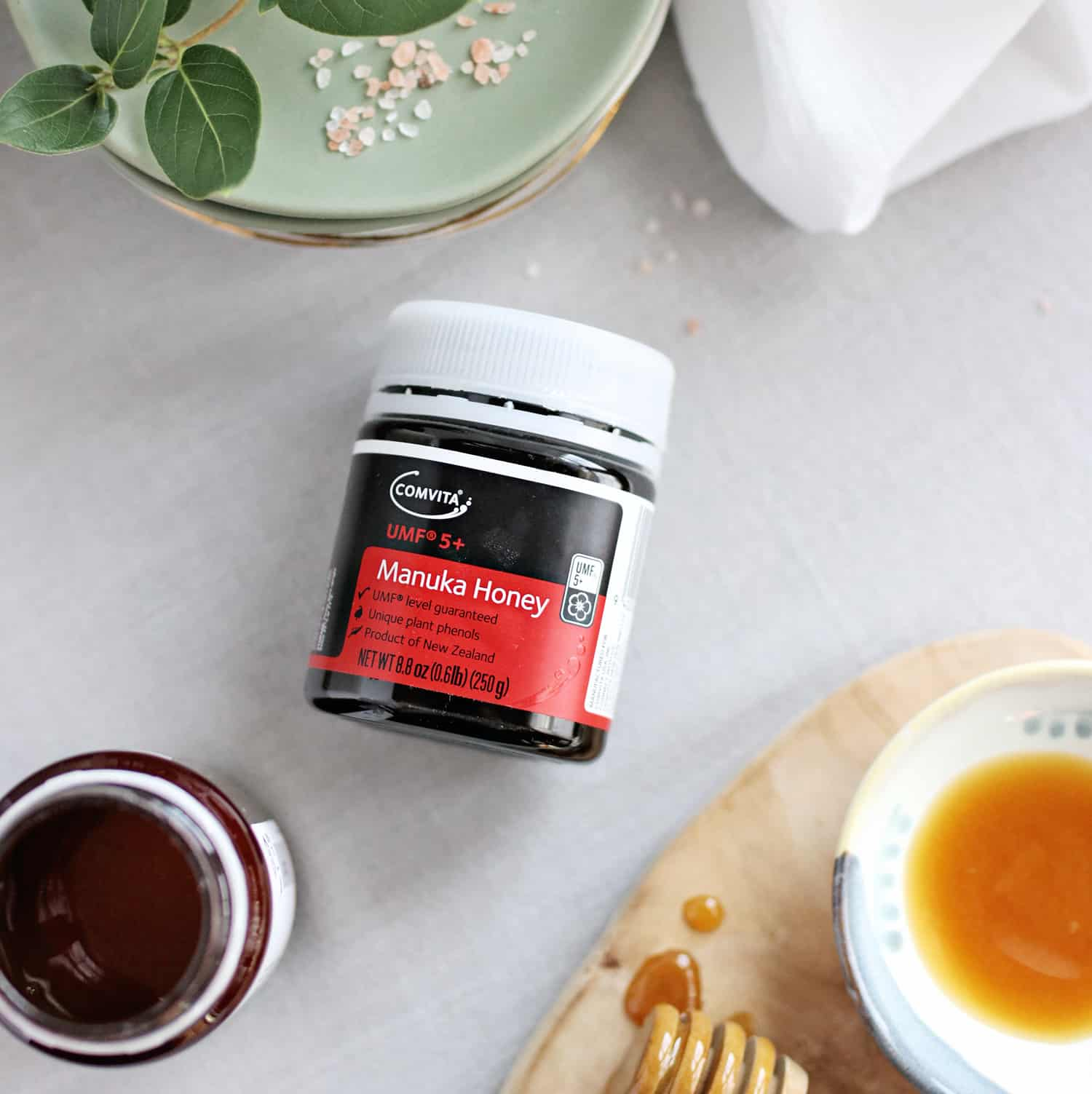 4 Reasons Why Manuka Honey Is a Healing Miracle Worker