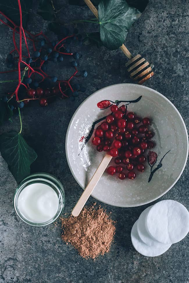 Cranberry + Clay Brightening Facial Mask