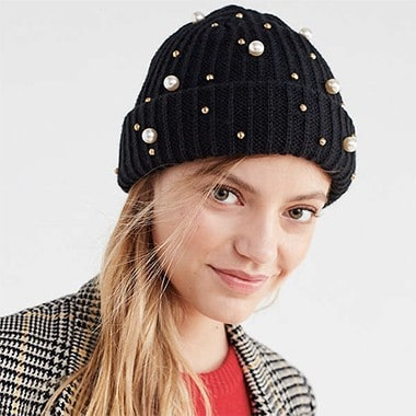 Pearl Embellished Fisherman Beanie