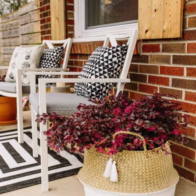 How to Create a Zen Outdoor Oasis on a Budget