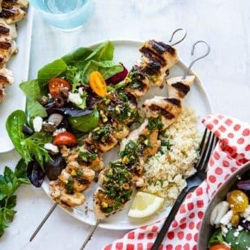 Chicken Kebabs with Pistachio Gremolata | HelloGlow.co