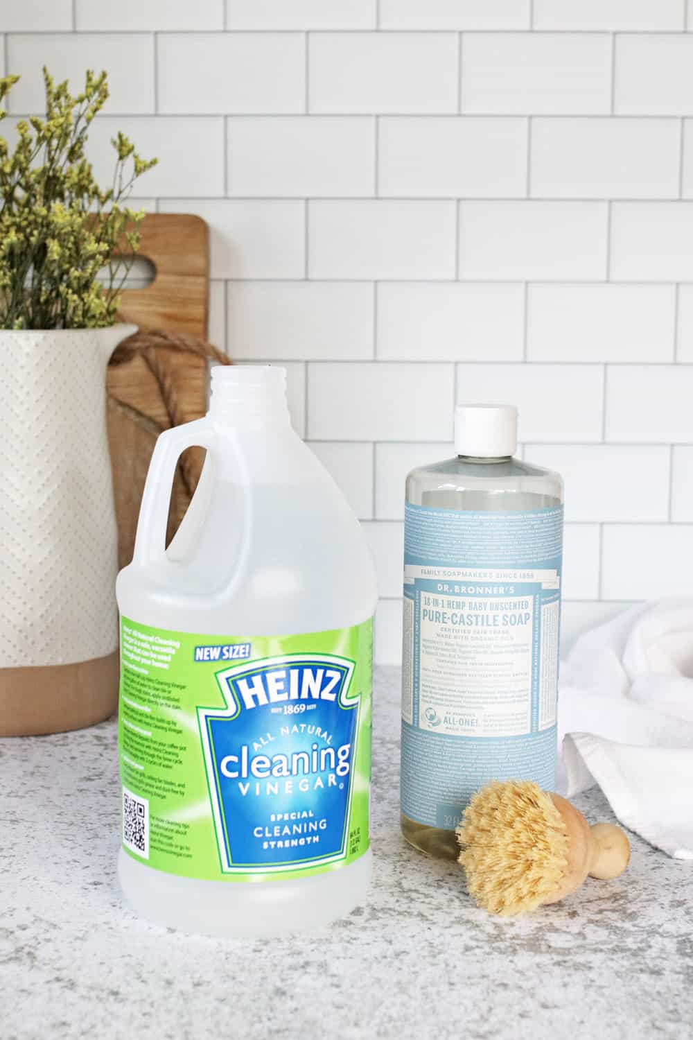 4 Green Cleaning Ingredients You Should Never Mix