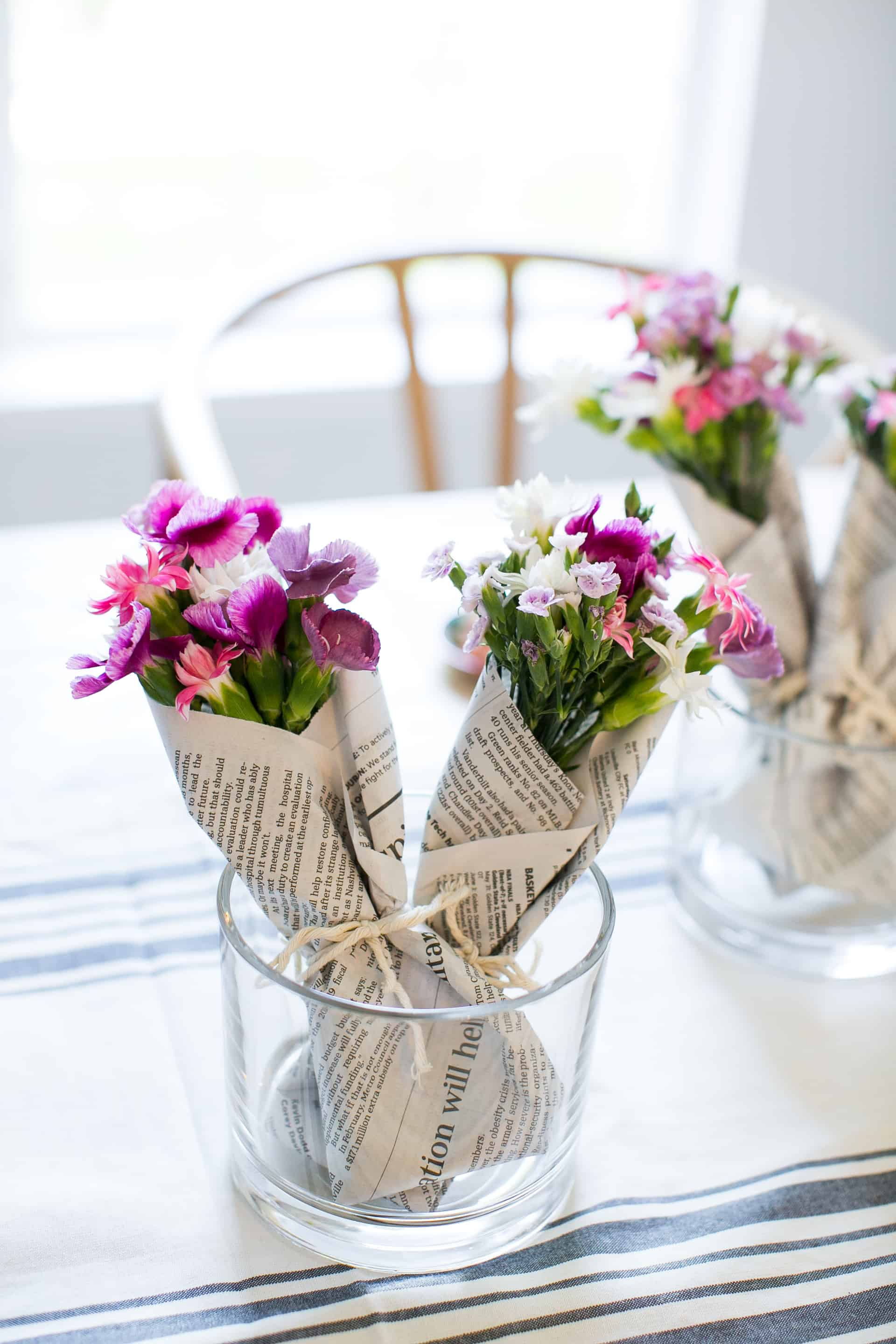 How to make mini bouquets with grocery store flowers hello glow how to make mini bouquets with grocery store flowers izmirmasajfo