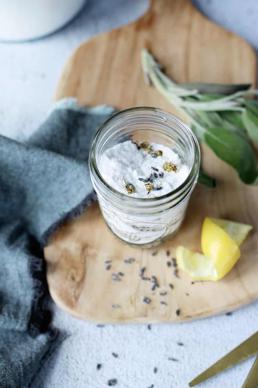 Serbuk Penyegar Karpet Lemon Lavender DIY