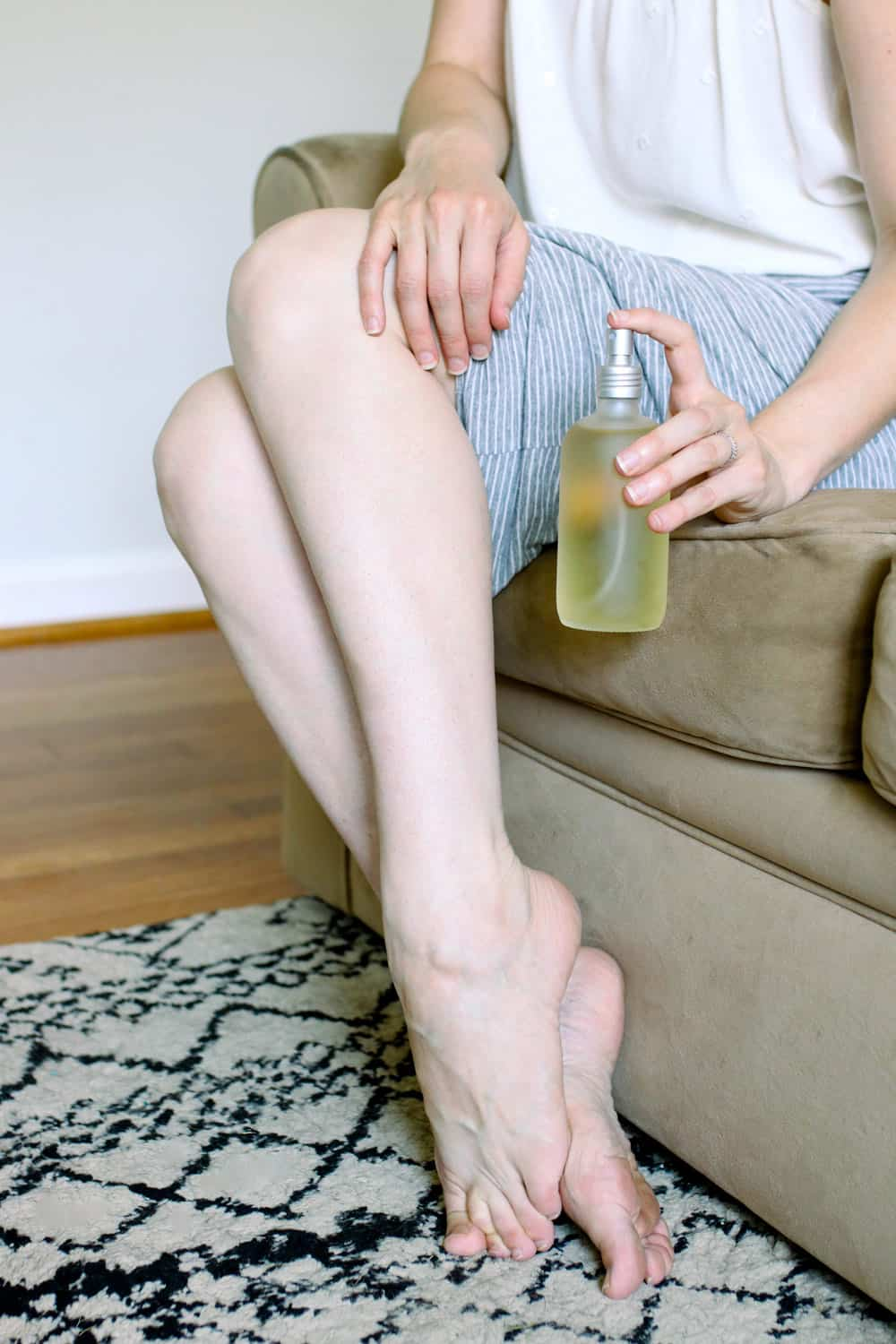 Banish Bumps with this Soothing DIY Razor Burn Spray