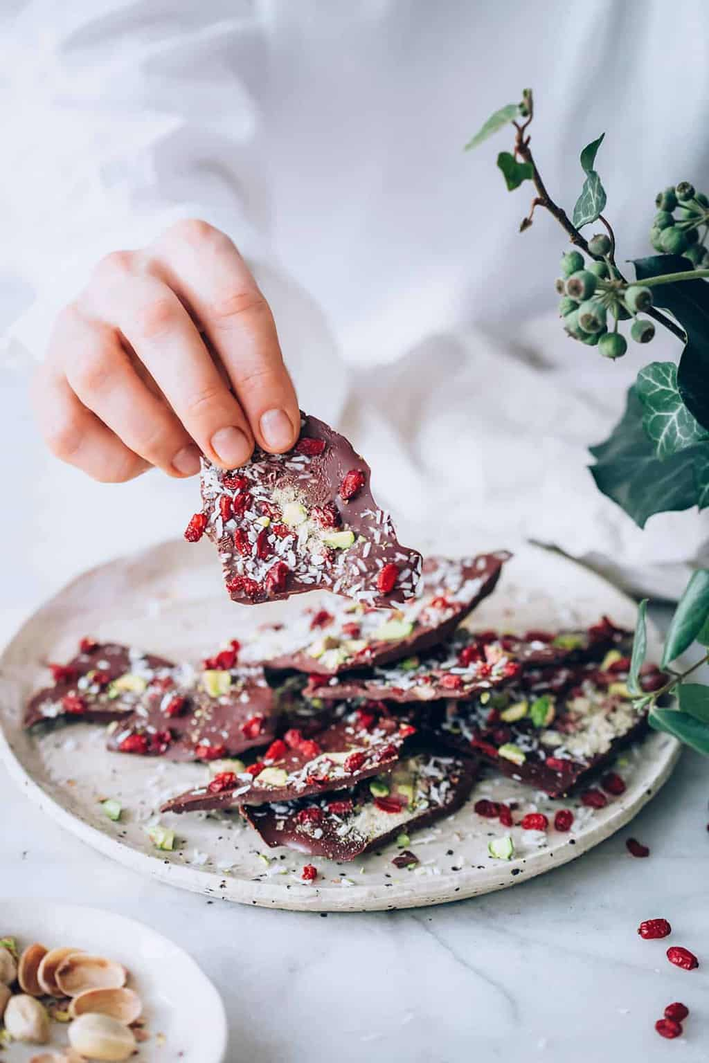 This Festive Chocolate Lucuma Bark is Packed with Nutrients