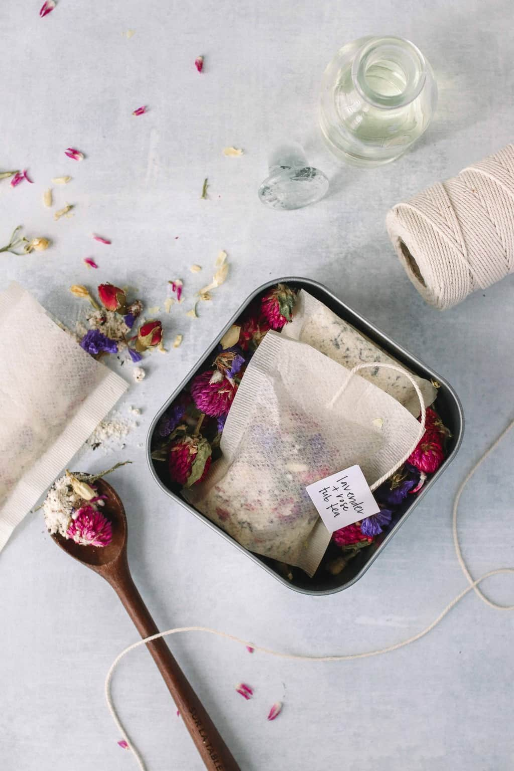 A Last Minute DIY Holiday Gift: Relaxing Floral Tub Tea