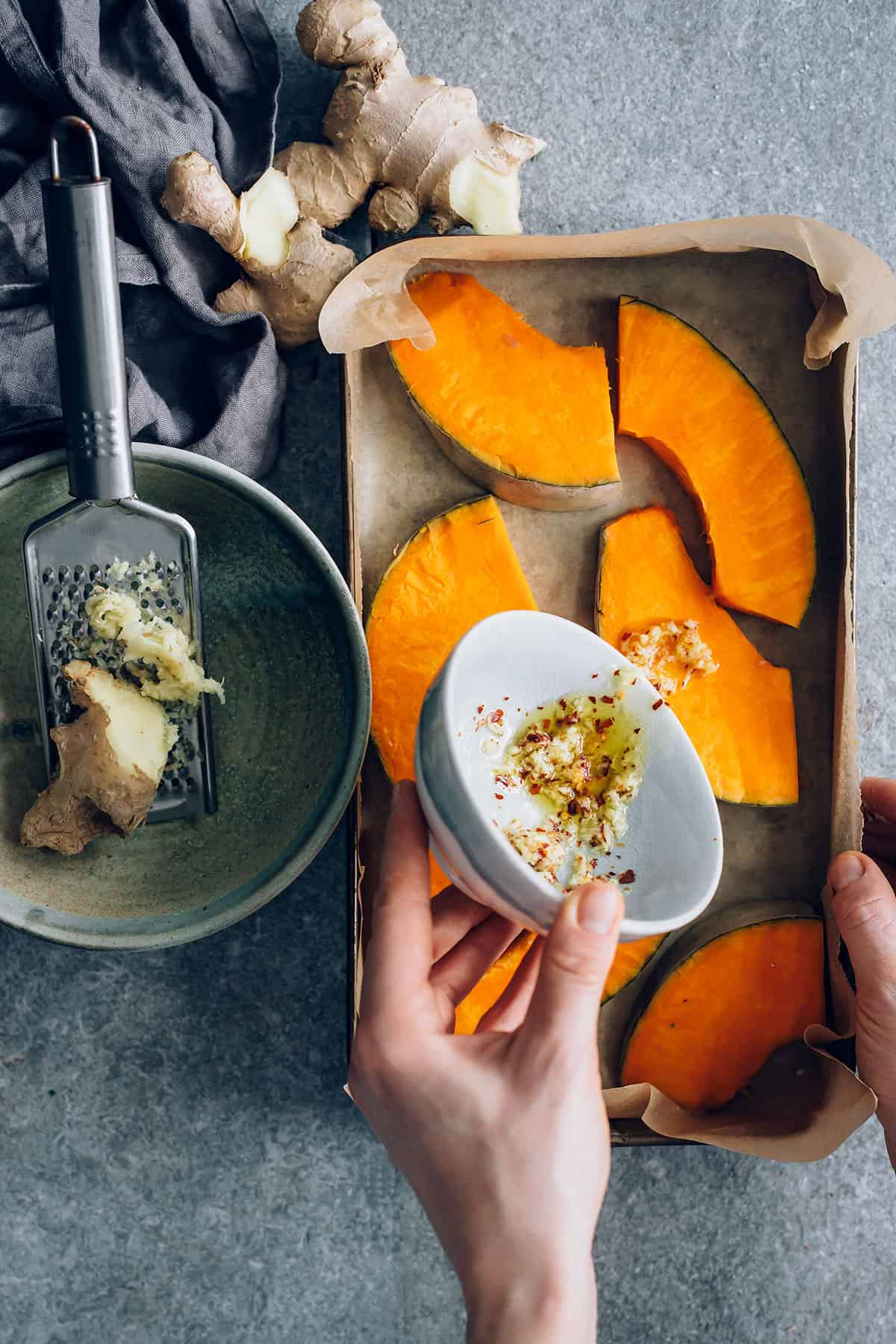 Ginger-Chili Roasted Winter Squash + 5 Health Benefits of Ginger