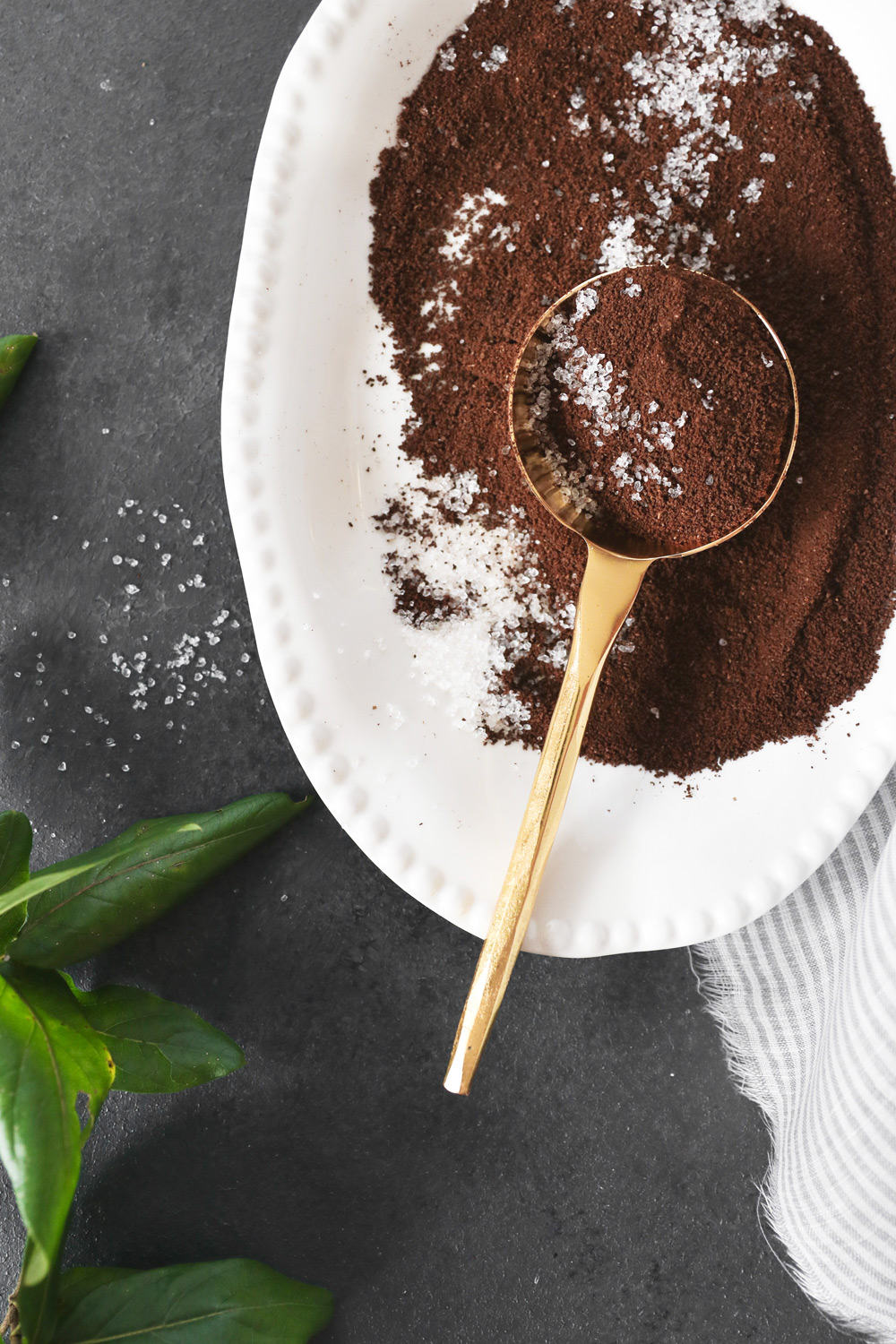 15 Kitchen Beauty Ingredients - Coffee | HelloGlow.co