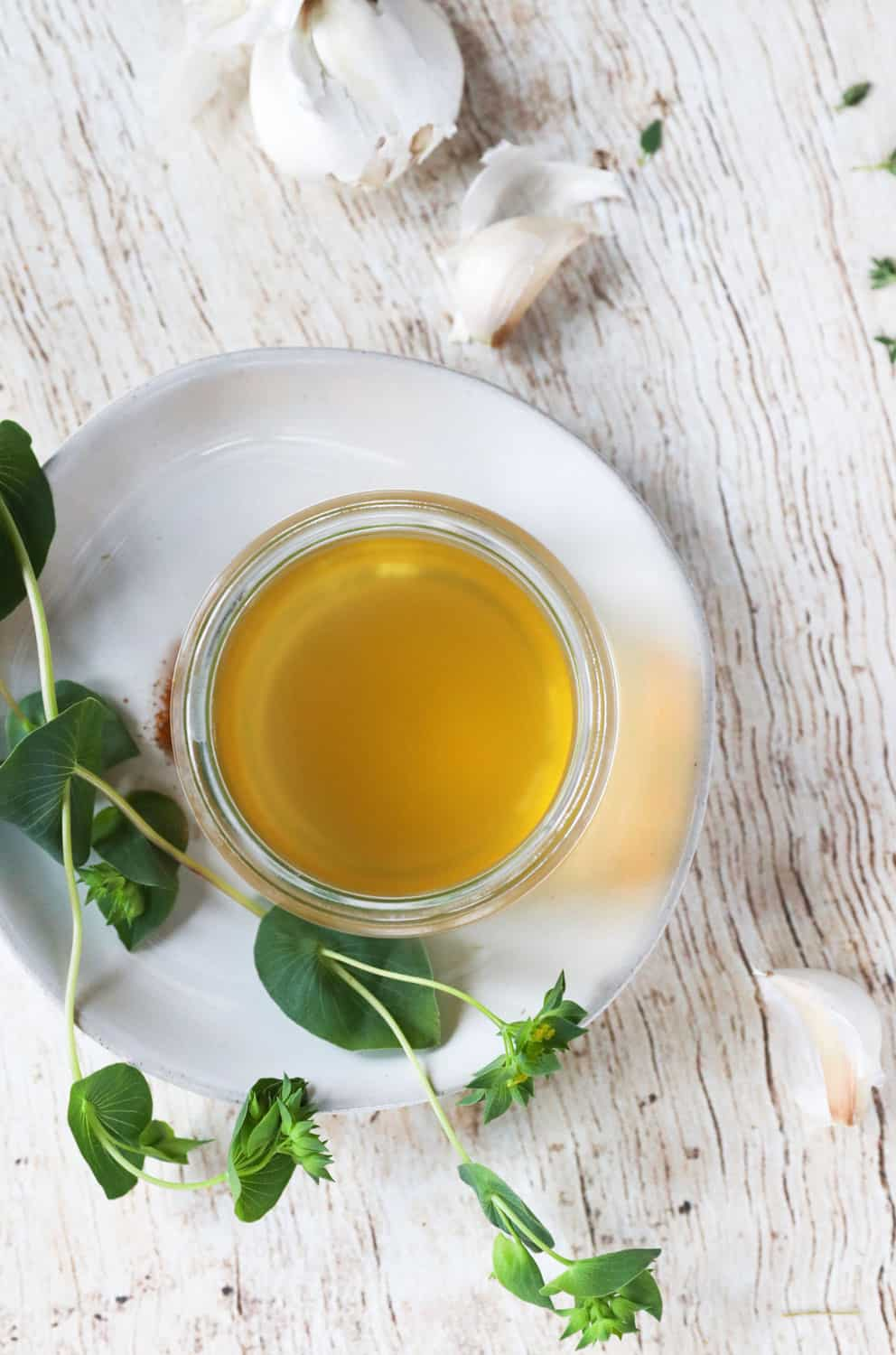 This Herbal Elixir Is a Natural Sore Throat Remedy