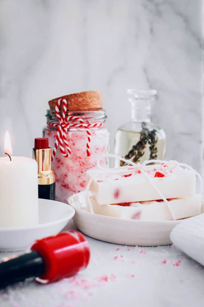 DIY Peppermint Beauty Gift Basket