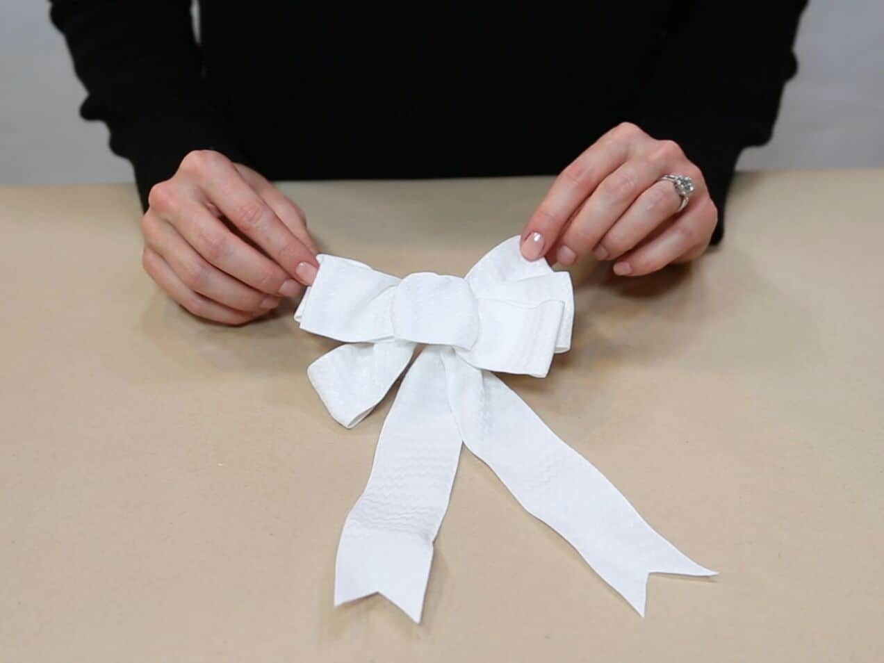 How to Make a Bow Out of Wired Ribbon