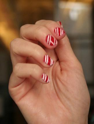 Candy cane holiday mani from Style Caster
