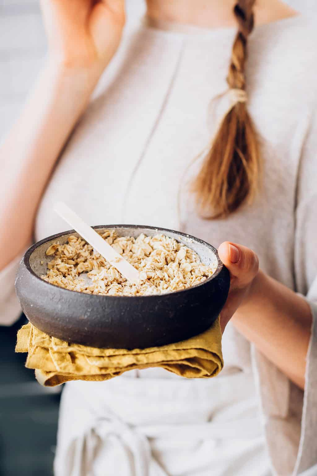 7 DIY Oatmeal Face Masks for Every Skin