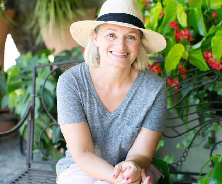 Stephanie Gerber Hello Glow
