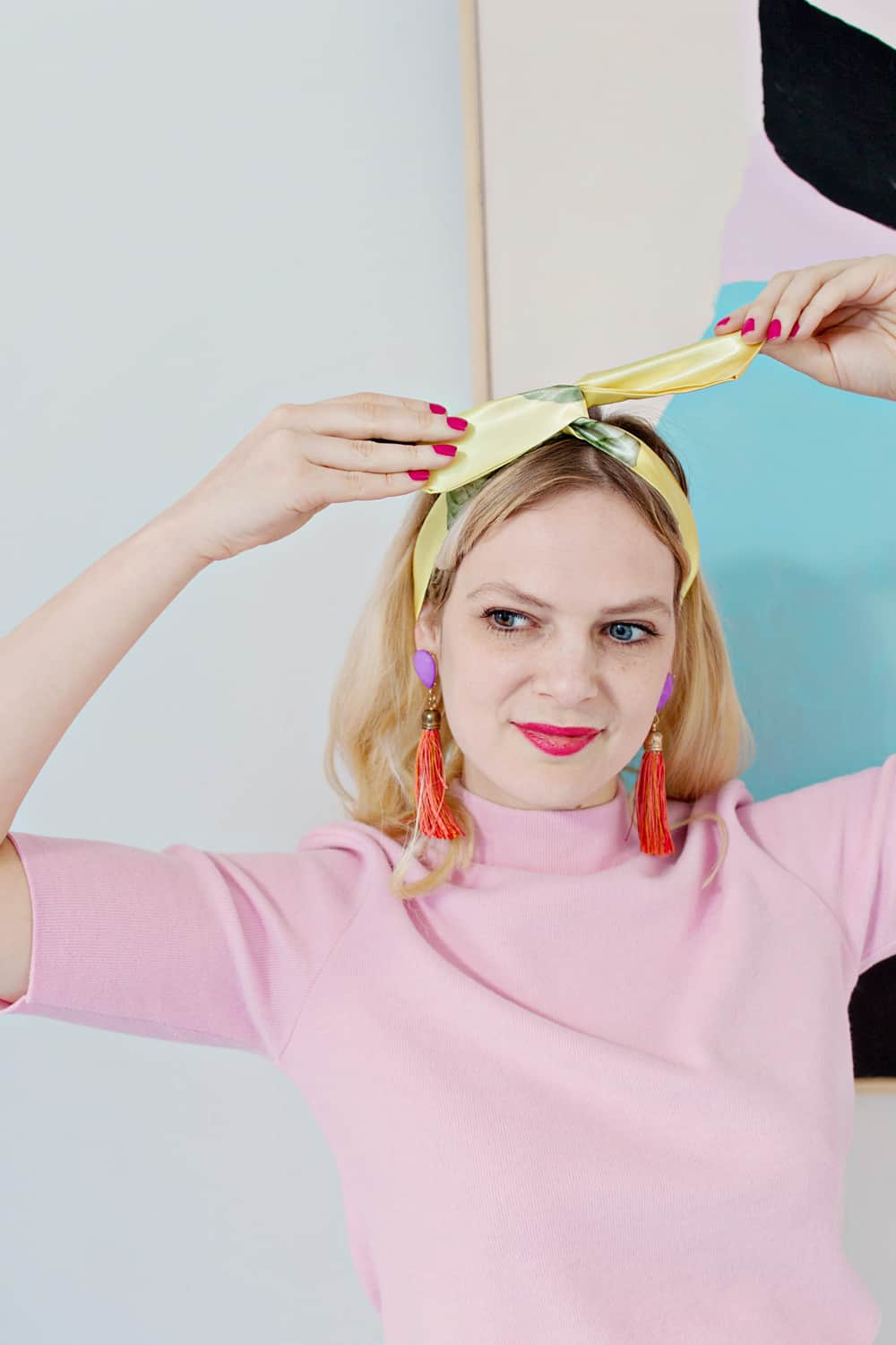 No-Sew Wire Headband from Lana Red Studio | 10 Go-To Easy Summer Hairstyles on HelloGlow.co