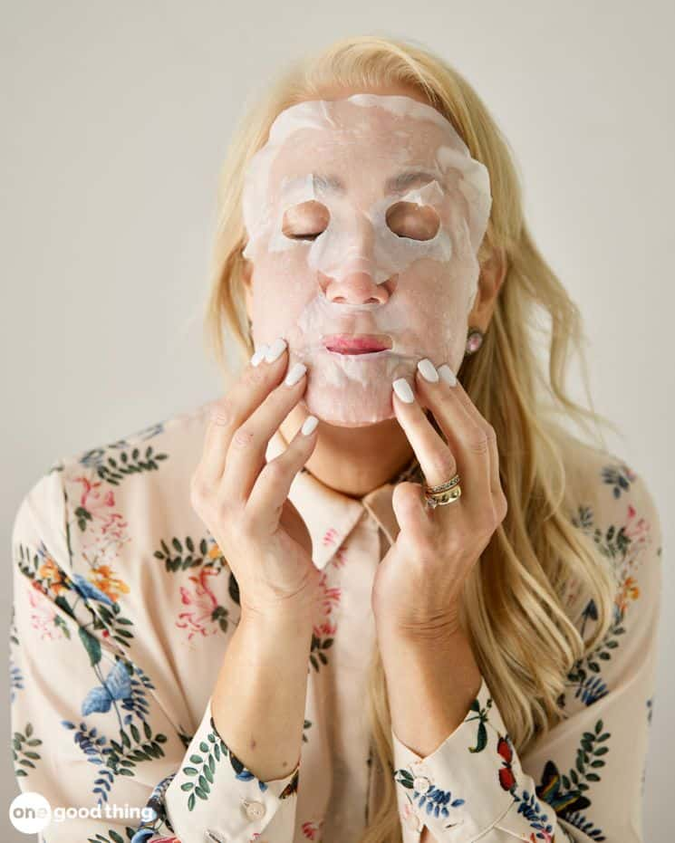 How to Make a DIY Sheet Mask from One Good Thing