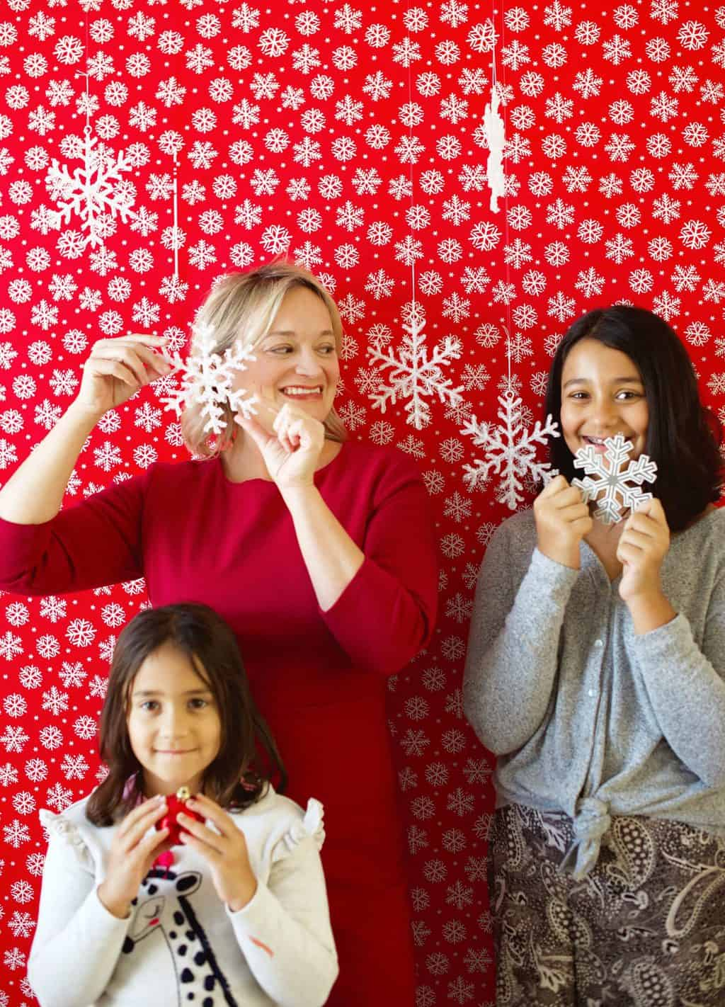 How to make a last minute photobooth for the holidays