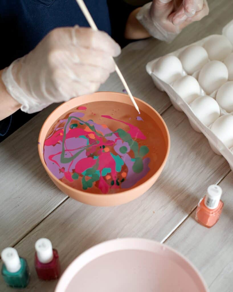 DIY Water Marbled Easter Eggs