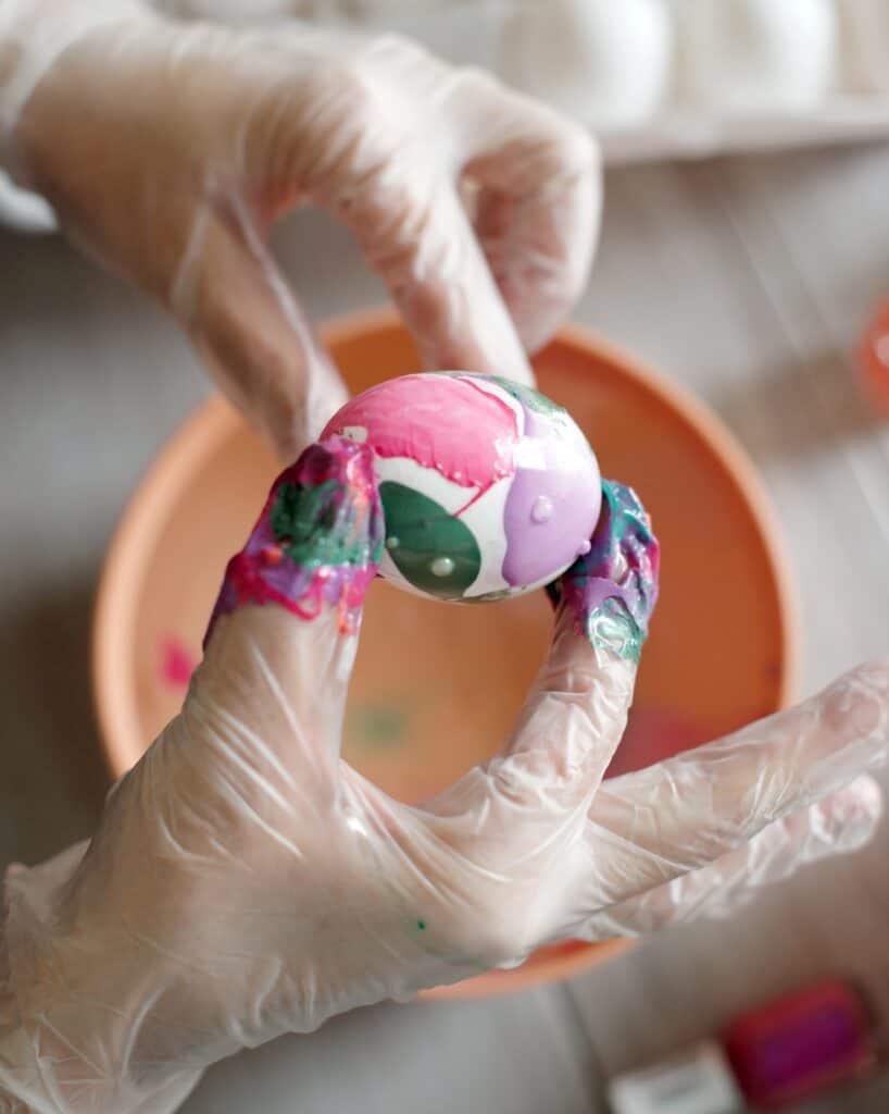 DIY Marbled Eggs with Nail Polish
