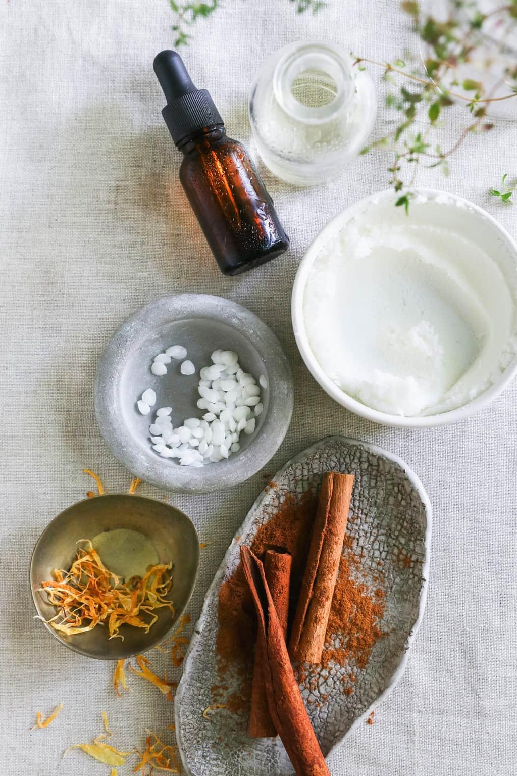 Ingredients for Warming DIY Muscle Rub