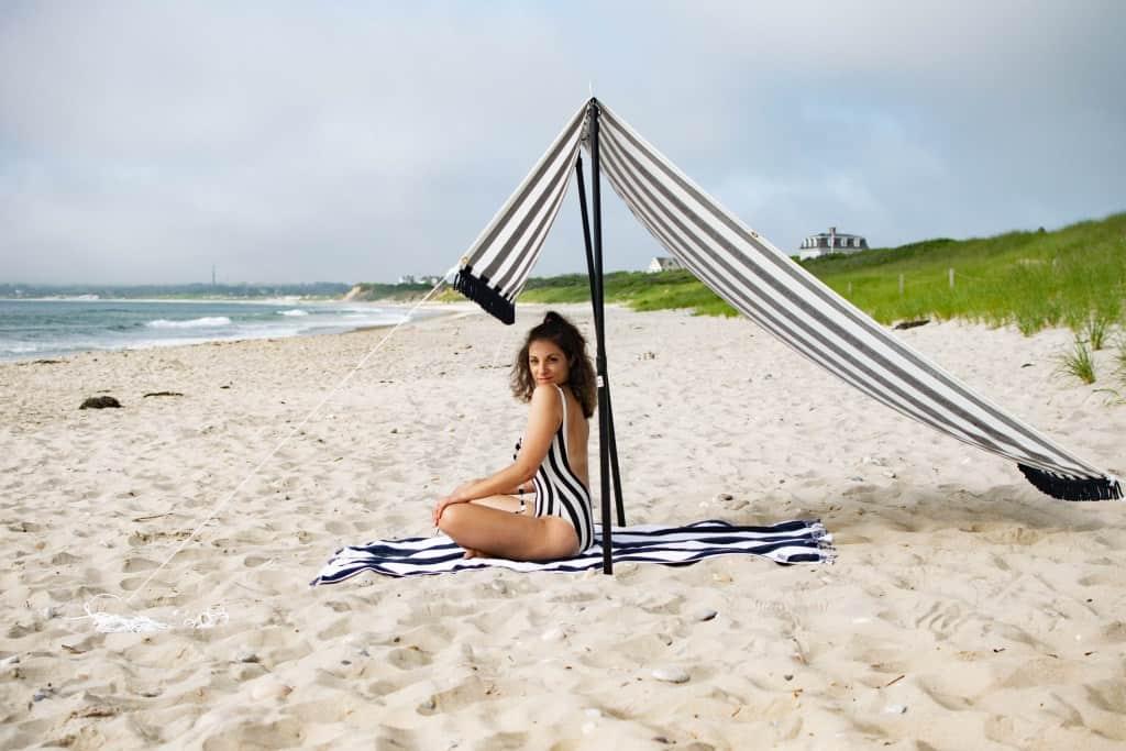 DIY Beach Tent from One CrafDIY Girl