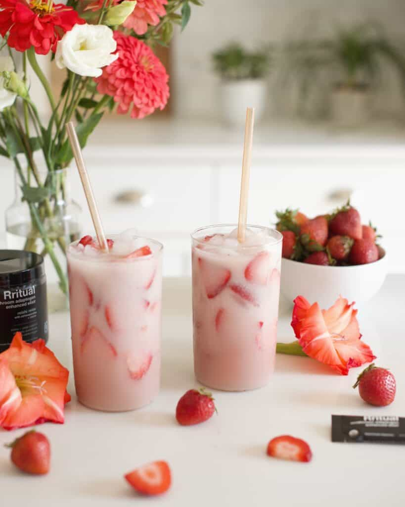 How to Make a Starbucks Pink Drink at Home